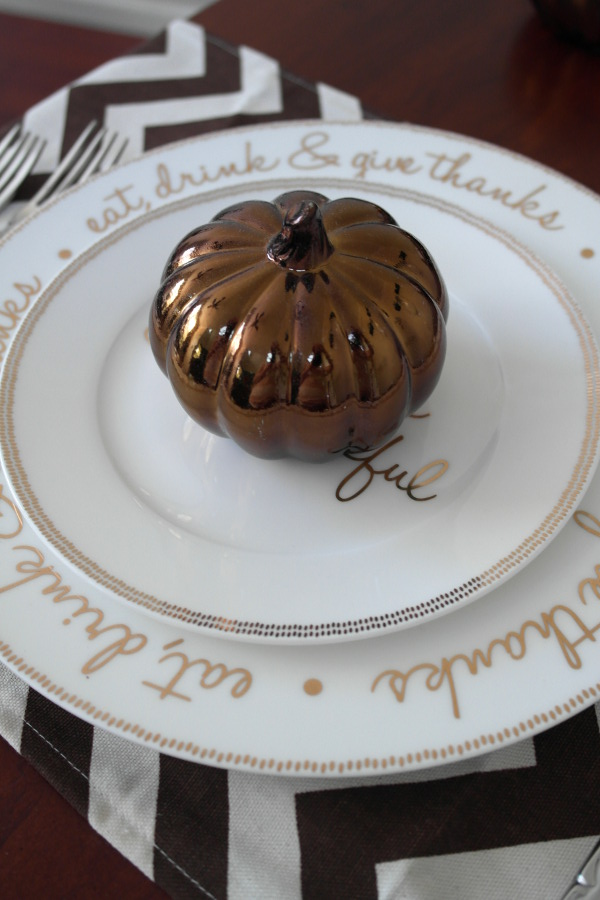 Simple Thanksgiving Place Setting Ideas