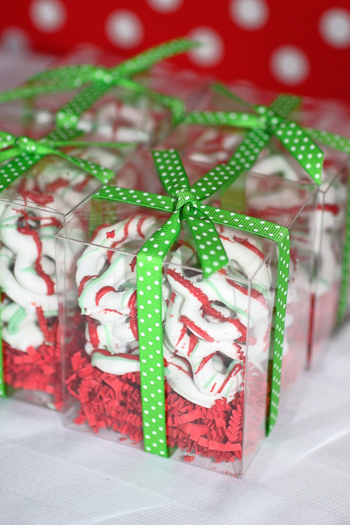 Good Christmas Party Favours Ideas Part - 10: Red And White Chocolate Covered Pretzel Christmas Party Favor