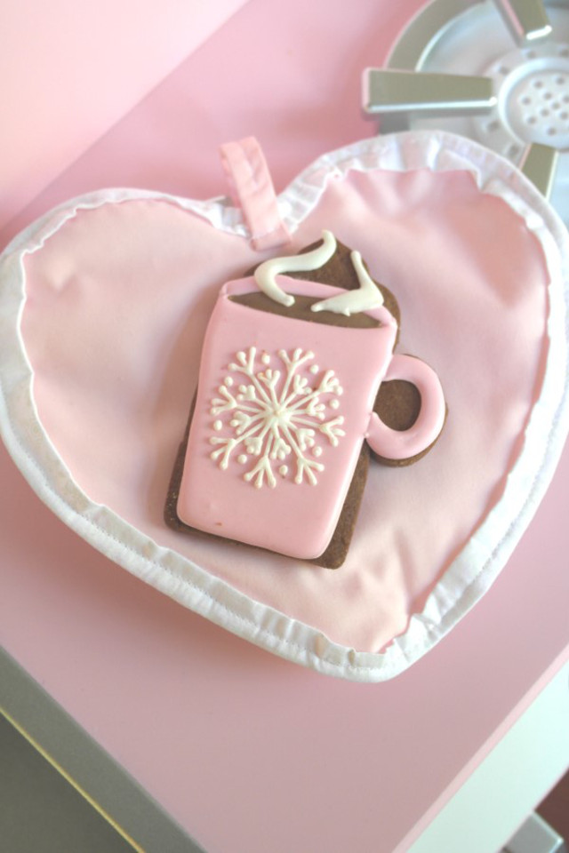 pink cocoa mug cookie