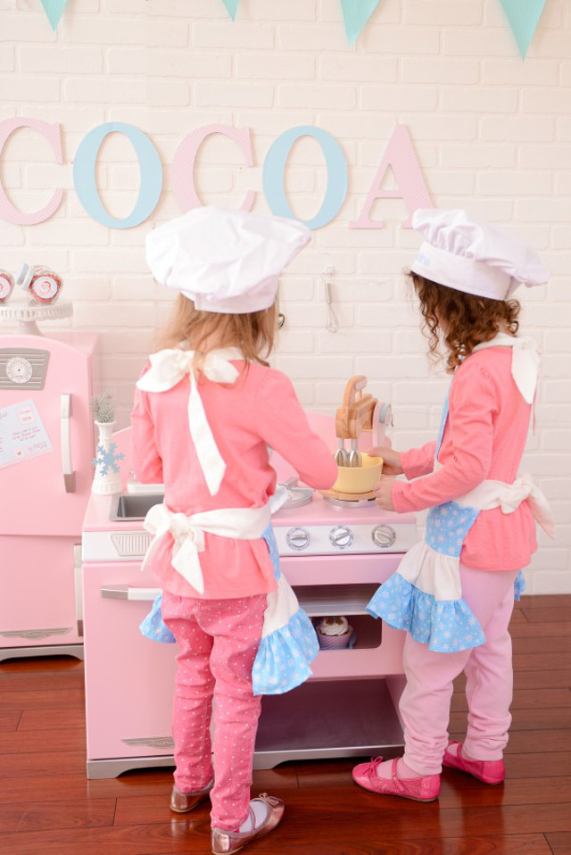pink kids play kitchen