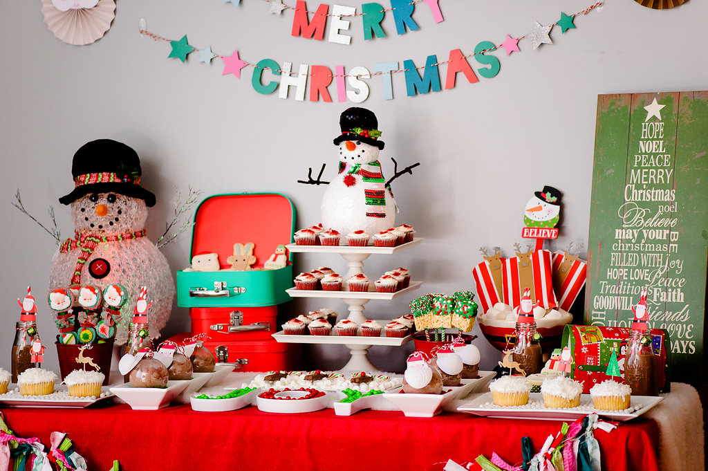 Kid's Christmas party dessert table