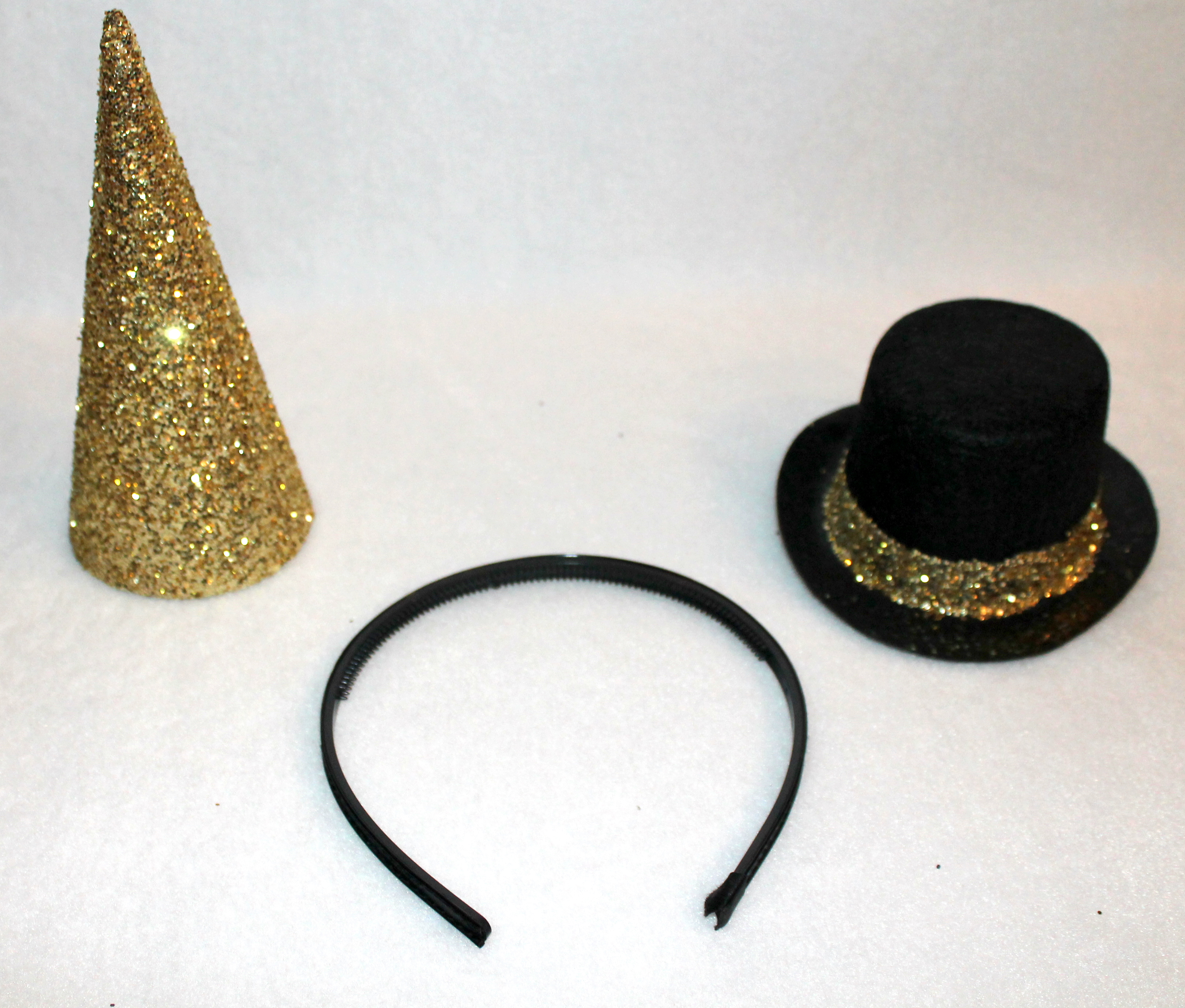 diy glittered new years eve party hats