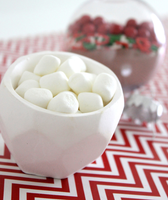 marshmallows for a doy christmas hot chocolate ornament