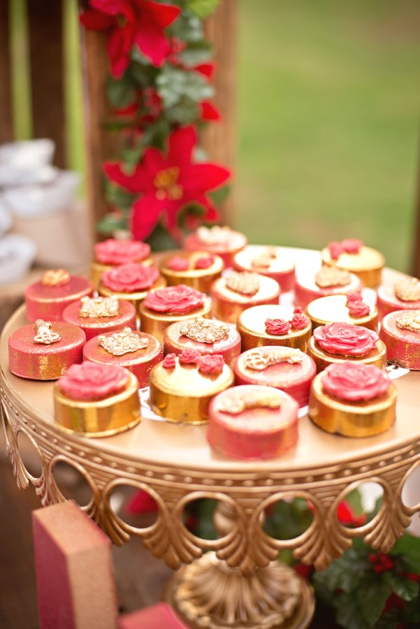 red and gold chocolate covered oreos at a vintage glam christmas party
