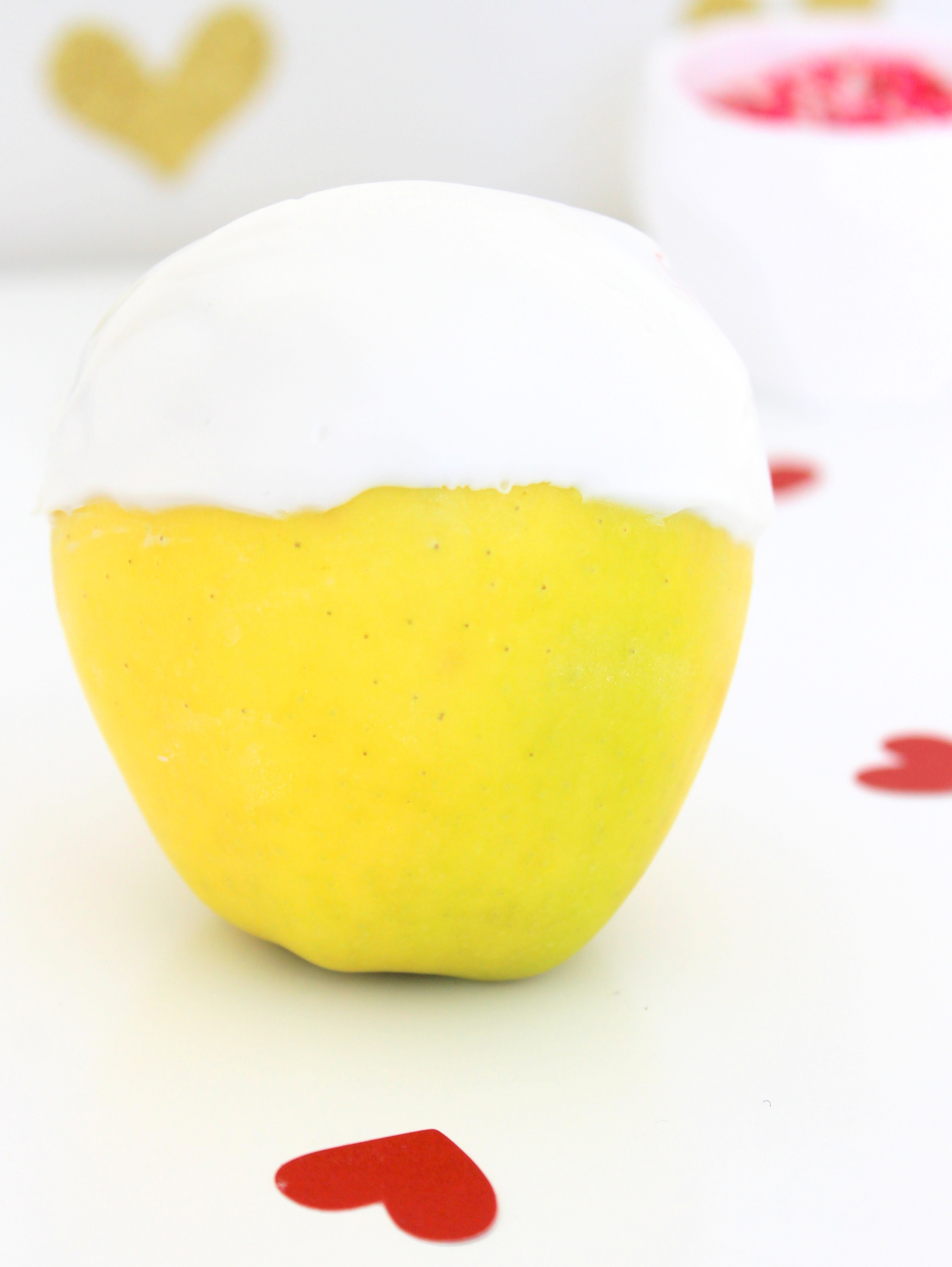 DIY Valentine's Day Apple Apple with White Chocolate
