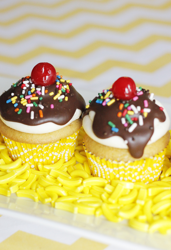 cupcakes for a curious george birthday party