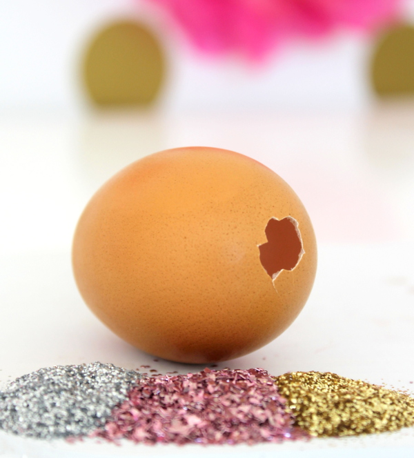 DIY Glitter Surprise Egg Step 2