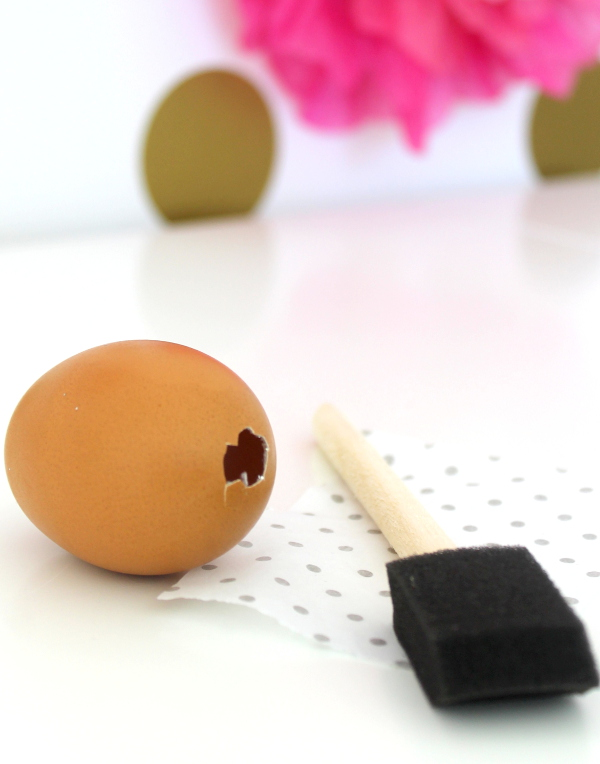 DIY Glitter Surprise Egg Step 3
