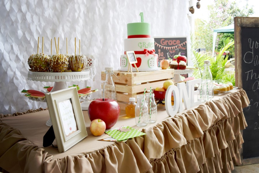 apple party dessert table