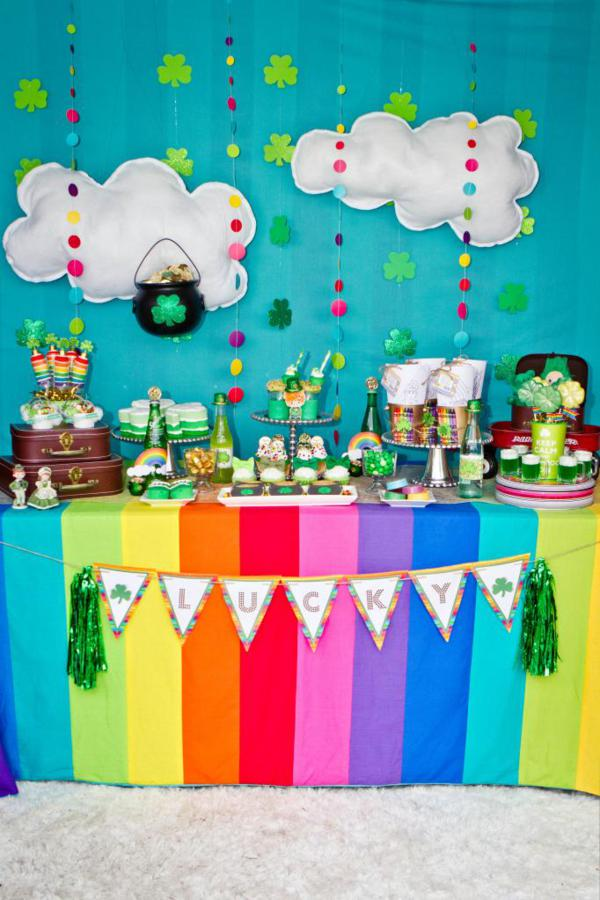 st patricks day party table