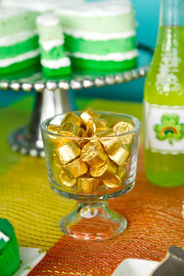 st patricks day pot of gold candies