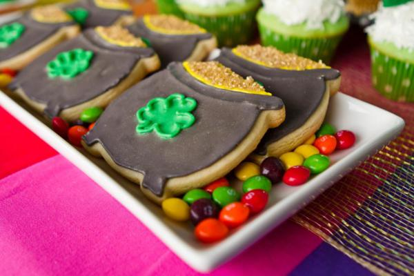 st patricks day pot of gold cookies