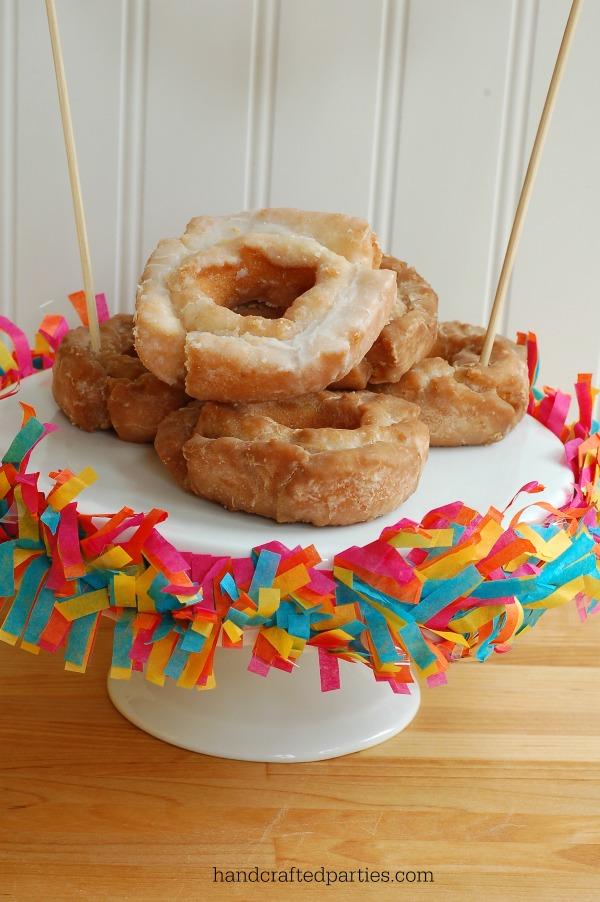 Tissue-festooning-cake-stand_fiesta-party
