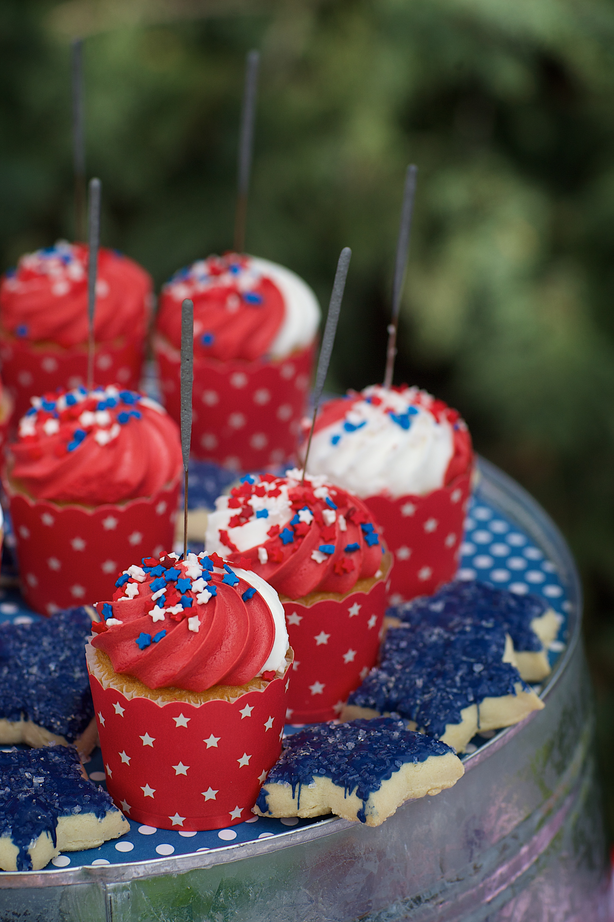 Entertaining Shoppe 4th of July Party Cupcakes