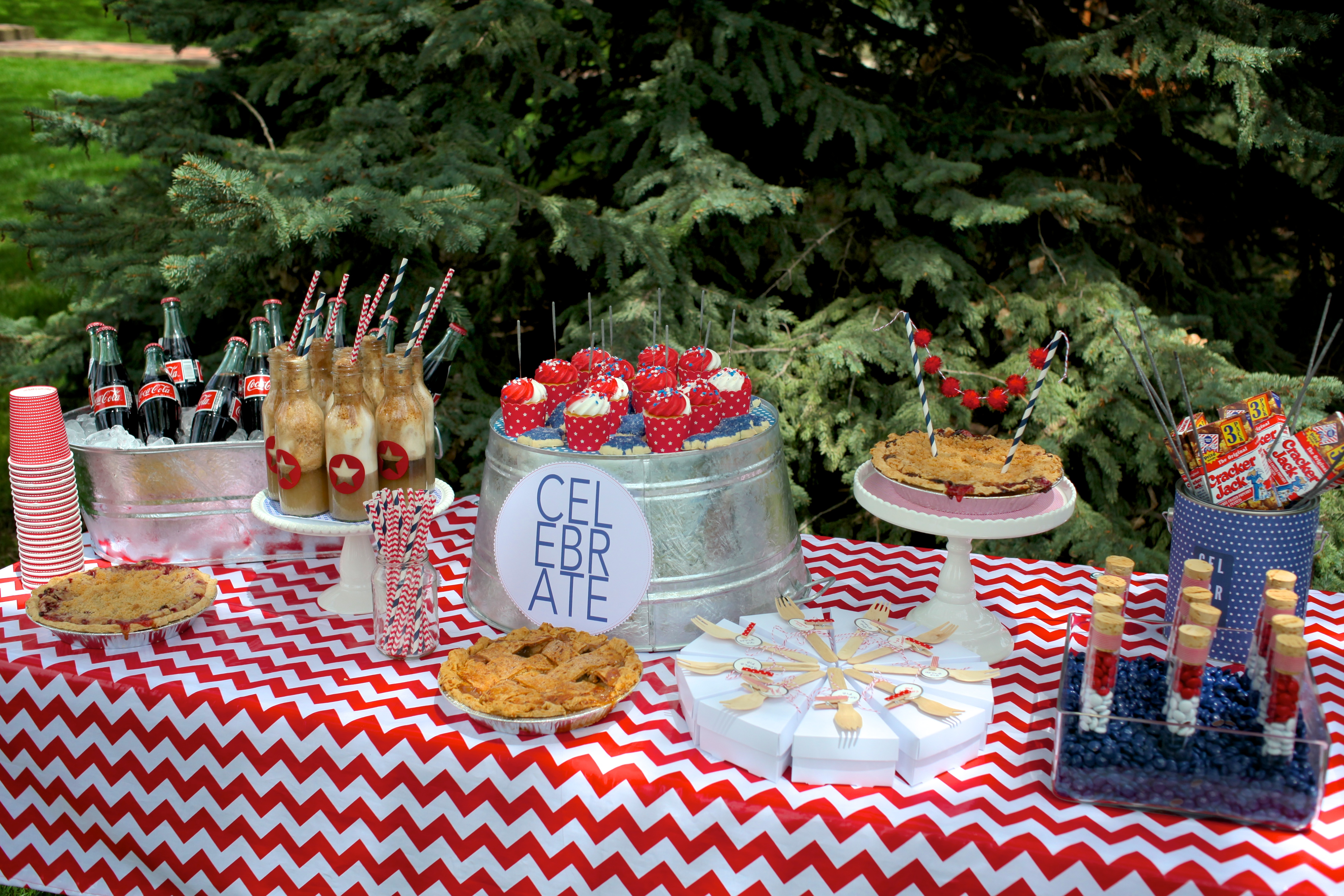 Entertaining Shoppe 4th of July Party Desserts