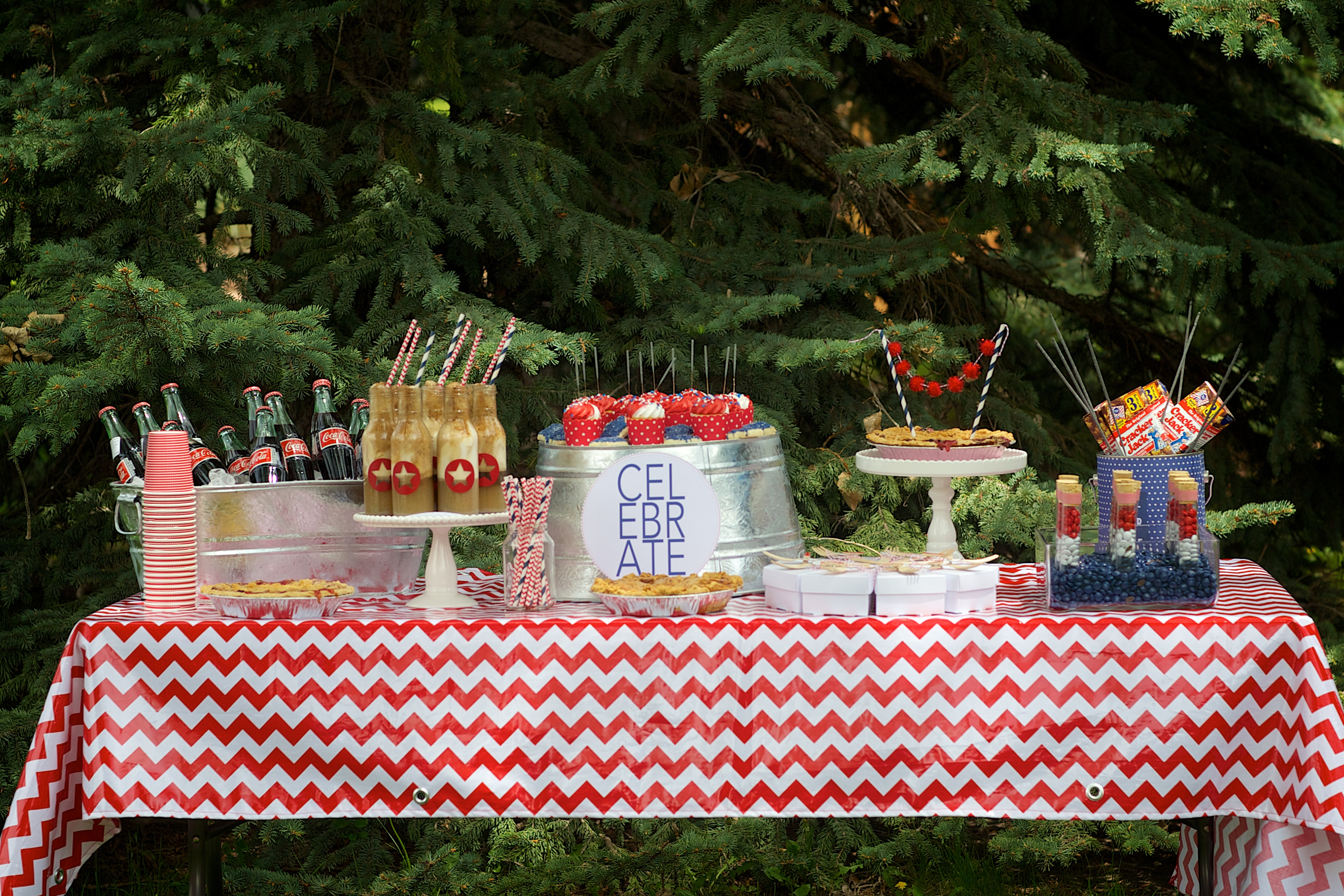 Entertaining Shoppe 4th of July Party Sweets Table