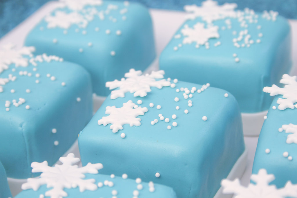 sweetly chic events & design frozen party mini cakes