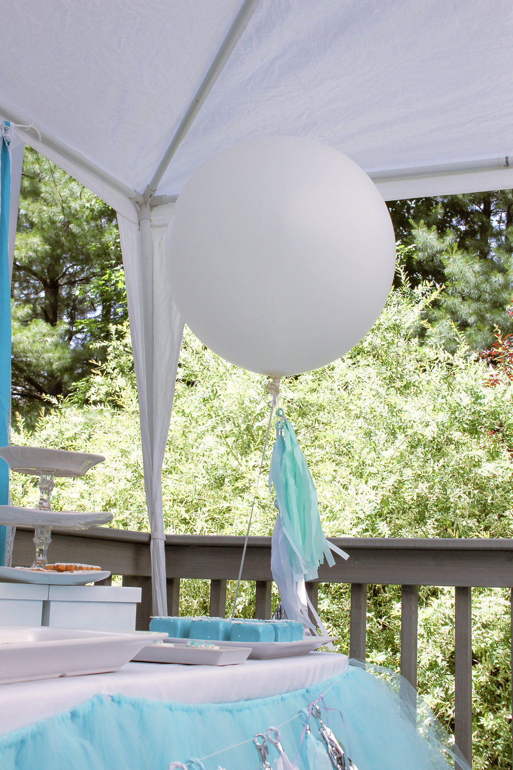 """sweetly chic events & design frozen party 36"""" party balloons with tassels"""