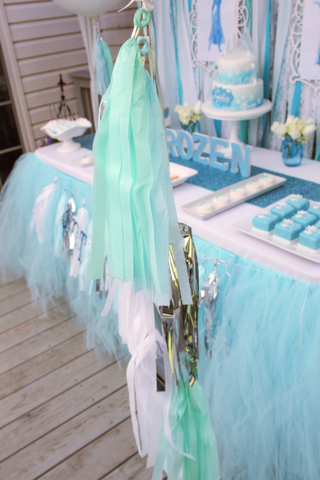 sweetly chic events & design frozen party balloon tassels