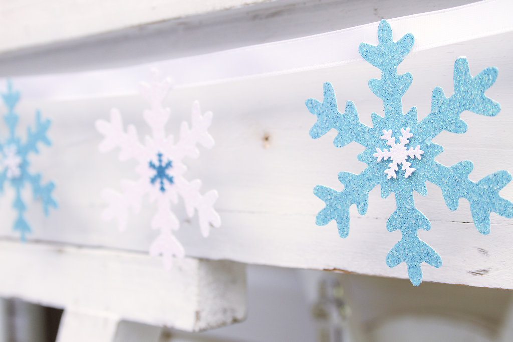 sweetly chic events & design frozen party kid table  snowflake banner