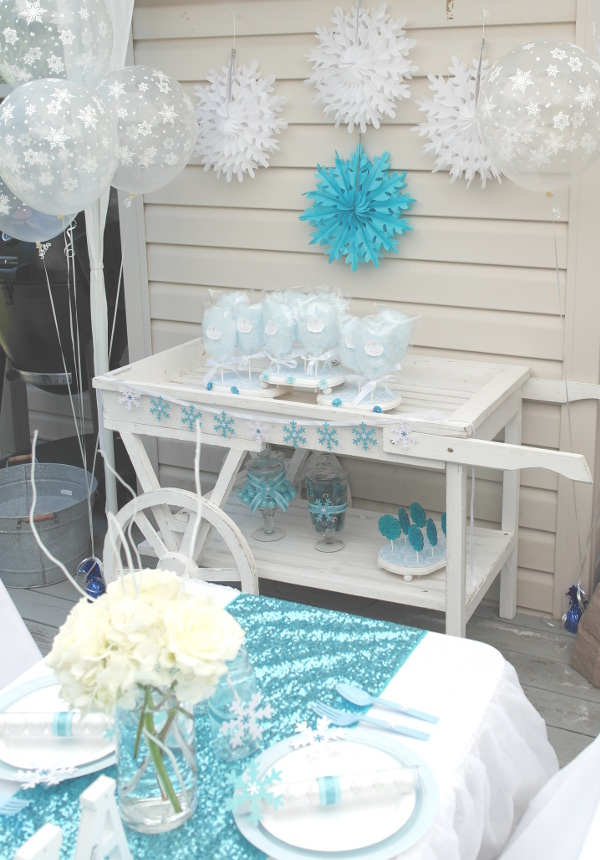 sweetly chic events & design frozen party cotton candy cart