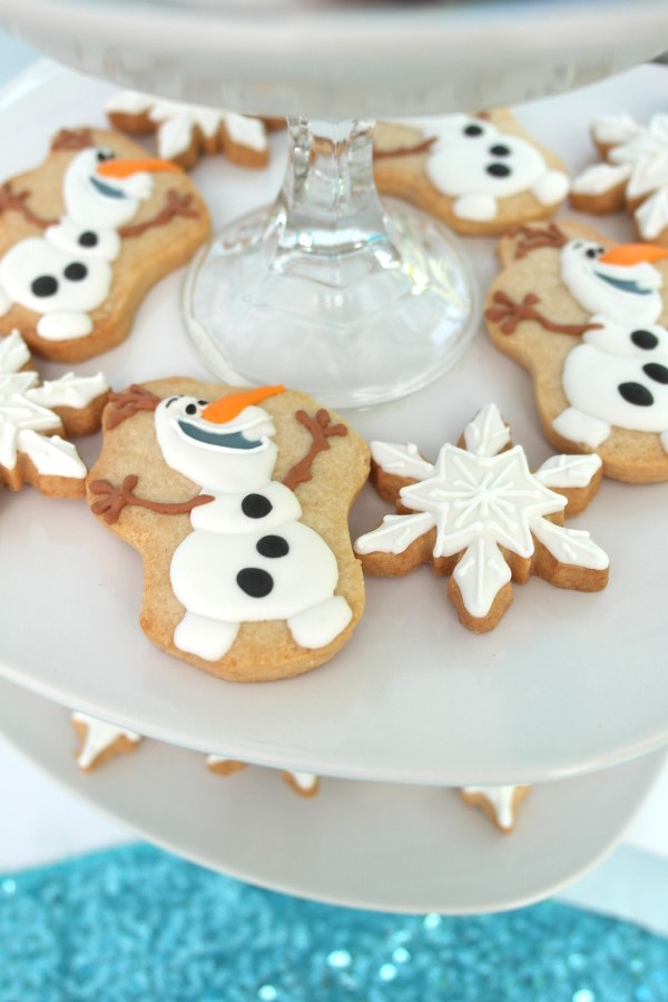 sweetly chic events & design frozen party olaf cookies