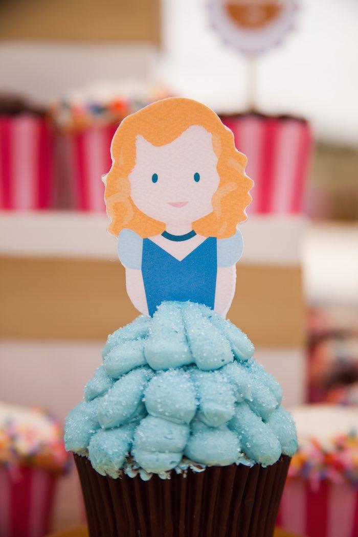 Princess Tea Party Picnic cinderella cupcake