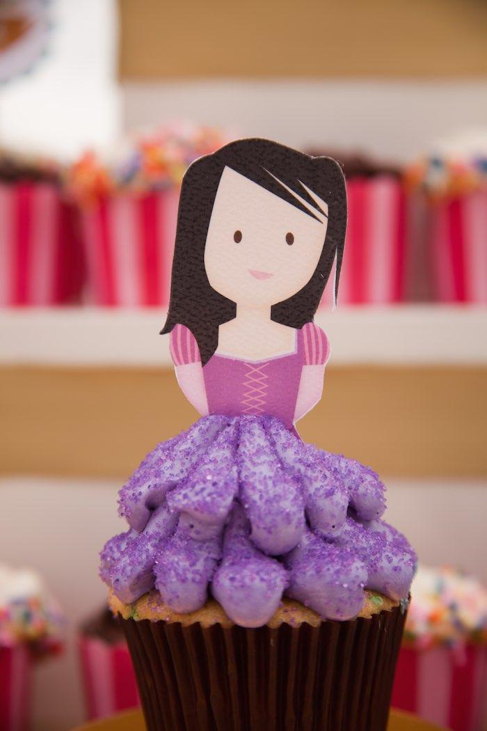 Princess Tea Party Picnic princess cupcake
