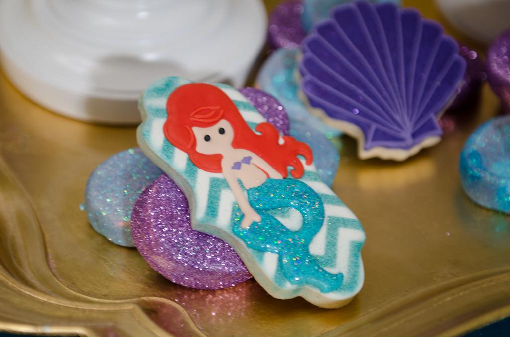 The Little Mermaid Party mermaid cookie
