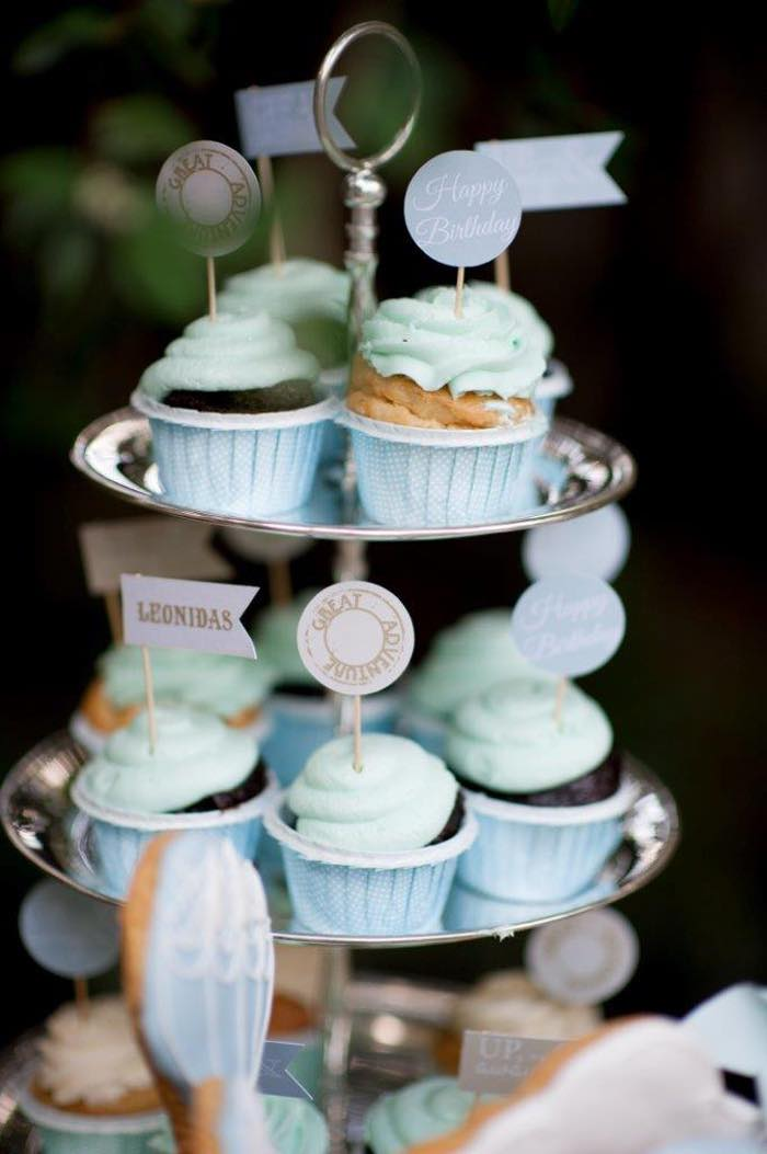 Vintage Up Up & Away Party Cupcakes in Baking Cups