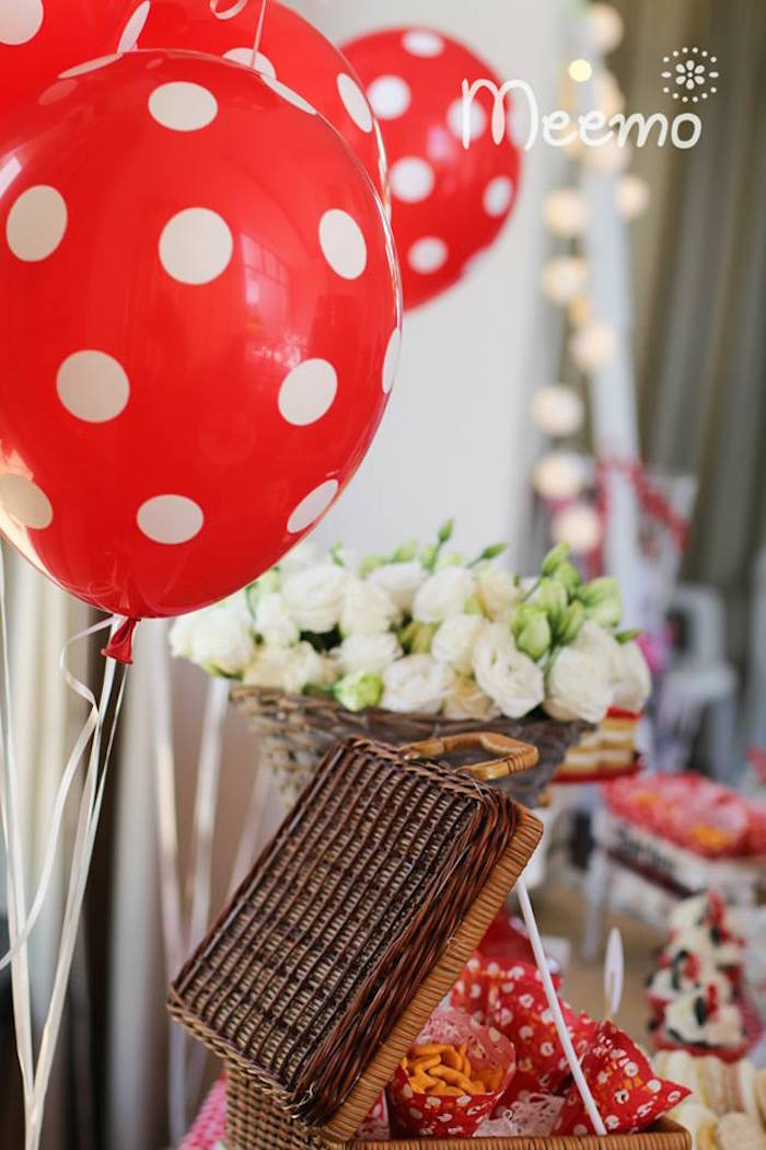Minnie Mouse Birthday Party Balloons