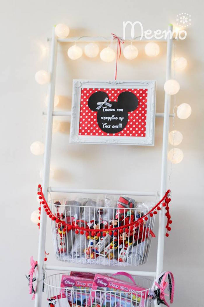 Minnie Mouse Birthday Party Favor Station