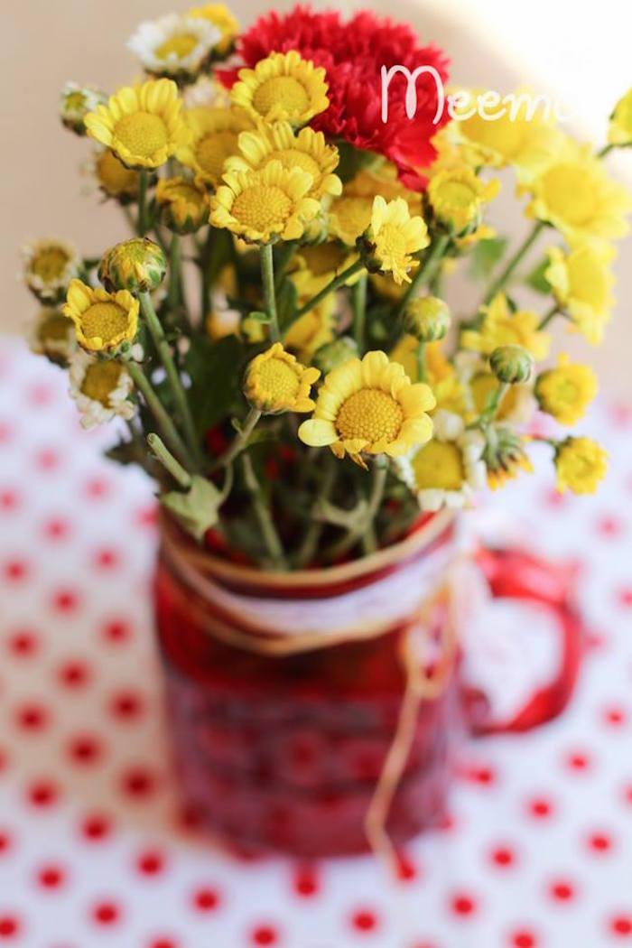 Minnie Mouse Birthday Party Flower Arrangement