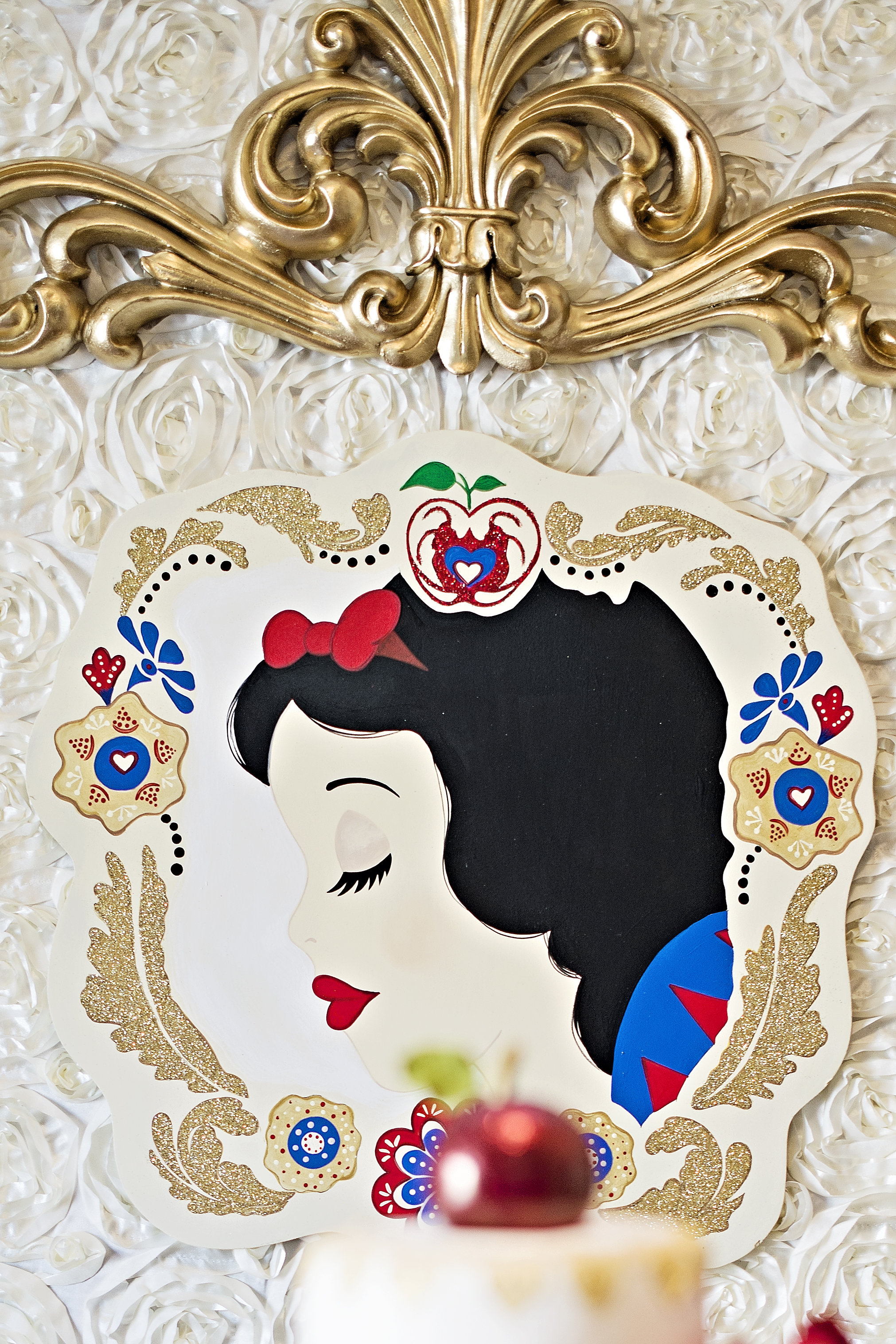 Snow White Party Backdrop Portrait