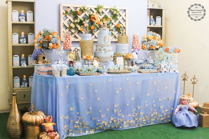 Cinderella Birthday Party Table