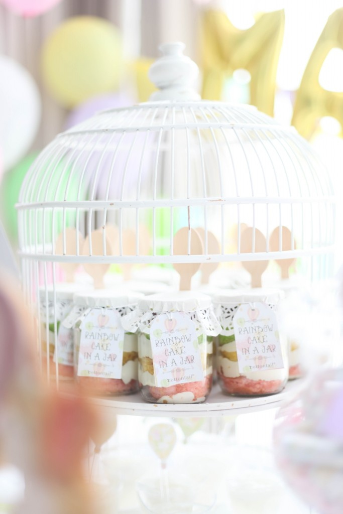 hot air balloon, rainbow unicorn first birthday party mini cakes