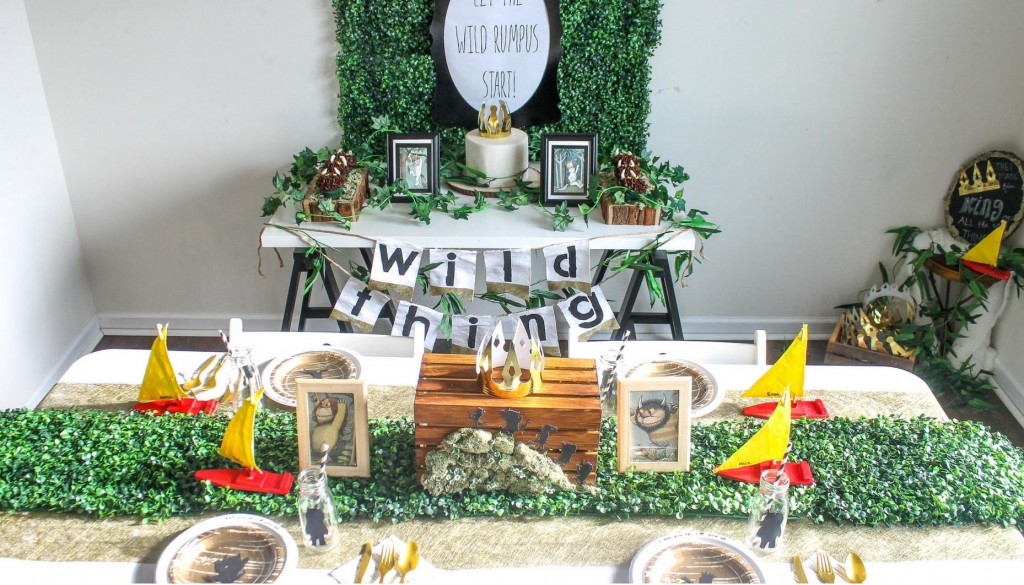 Where-the-wild-things-are-birthday-party-full-room