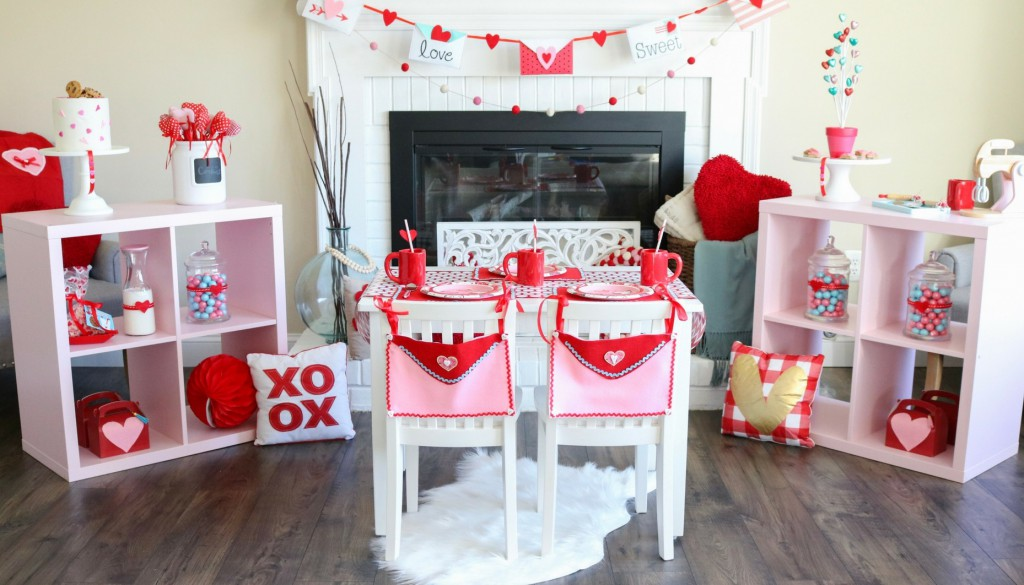 baking themed valentine's day party for kids and felt envelope ideas