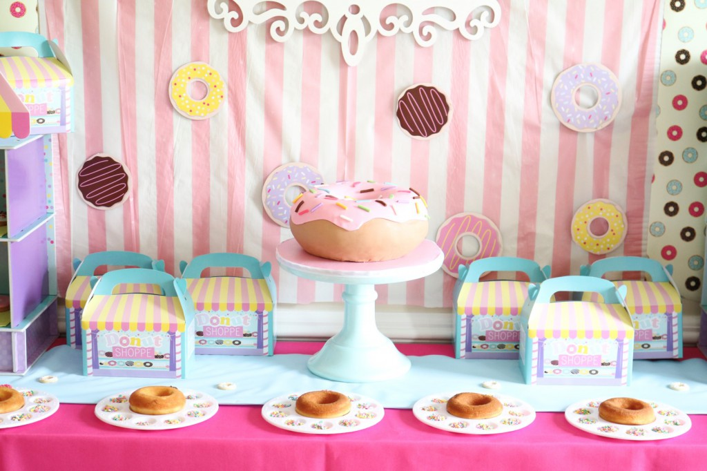 donut birthday party ideas