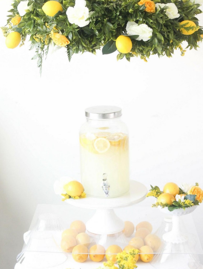 Lemon-Wedding-Floral-and-Lemon-Chandalier-Detail