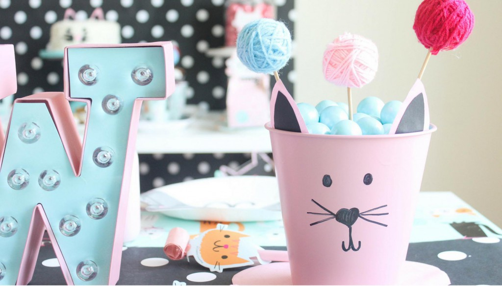 Purr-Fect-Cat-Party-DIY-Yarn-Ball-Decor